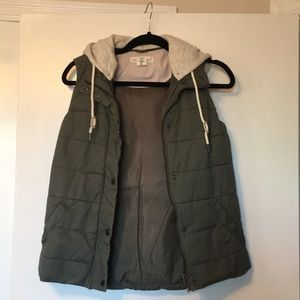 L.O.G.G. Puffer Vest with detachable hood
